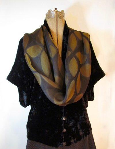 velvet-w-scarf